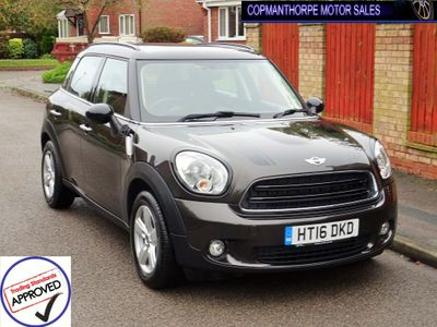 MINI COUNTRYMAN Hatchback 1.6 Cooper D (s/s) 5dr
