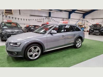 Audi A4 Allroad Estate 2.0 TDI Sport quattro 5dr (Nav)
