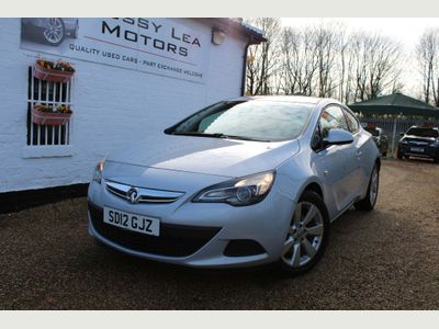 Vauxhall Astra GTC Coupe 1.4T 16V Sport (s/s) 3dr