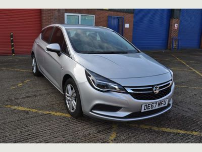 Vauxhall Astra Hatchback 1.4i Turbo Tech Line Nav Auto (s/s) 5dr