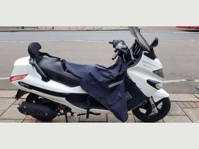 Piaggio XEvo Scooter 125