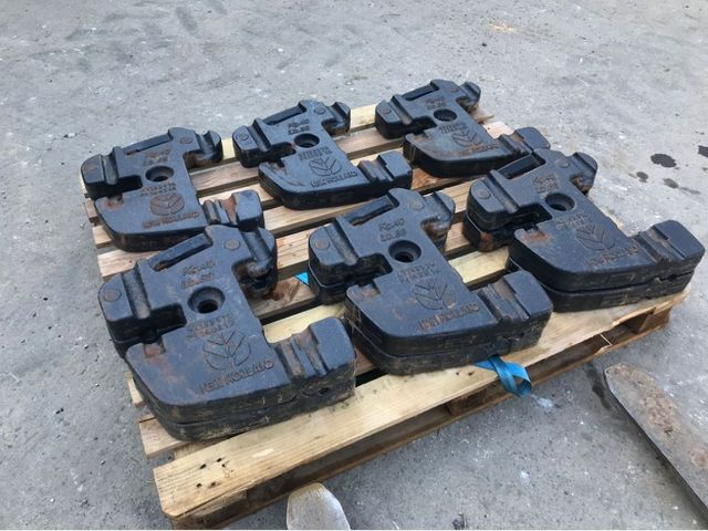 New Holland 40KG WEIGHTS Image