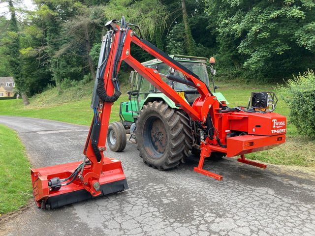 2012 Twose TP-625T Telescopic Hedgecutter Image