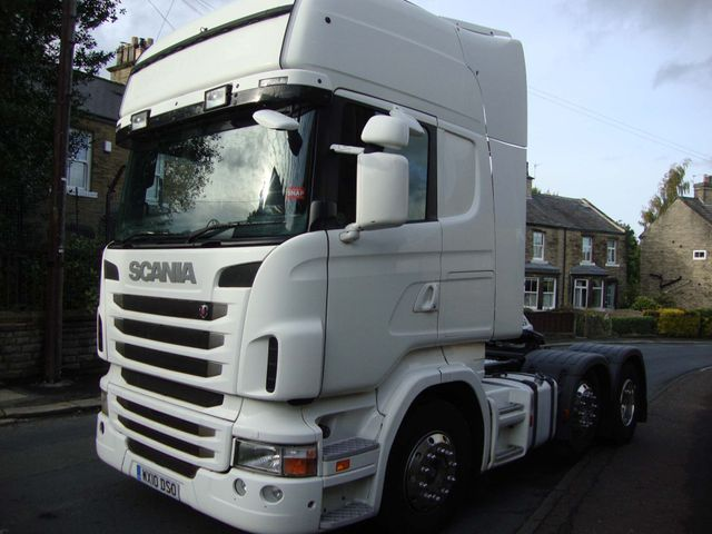 2010 (10) Scania R Series Image