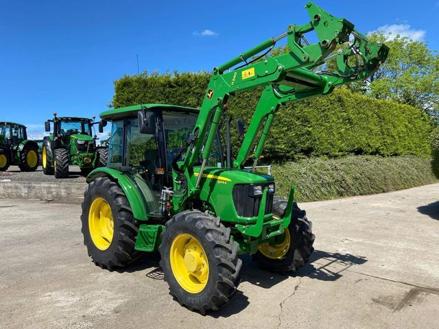 2016 John Deere 5075E with H240 loader. ONLY 235 Hours from new. Image