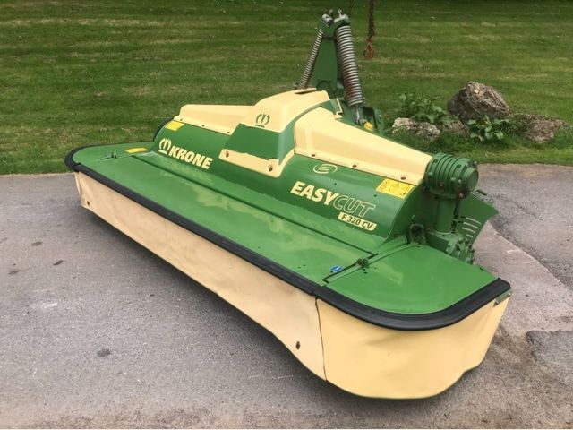 2015 Krone Easycut F 320 CV Front Mower Conditioner Image