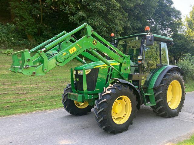 2015 John Deere 5100M Tractor C/W H260 Loader Image