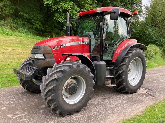 2004 Case MXU 125 Tractor Image