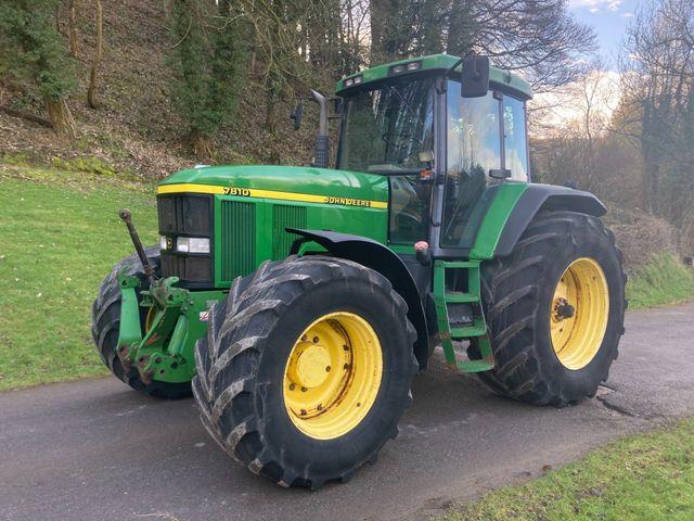 1998 John Deere 7810 Tractor Image