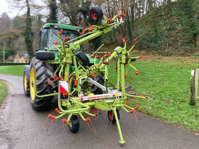 2010 Claas Volto 770H 6 rotor tedder Image