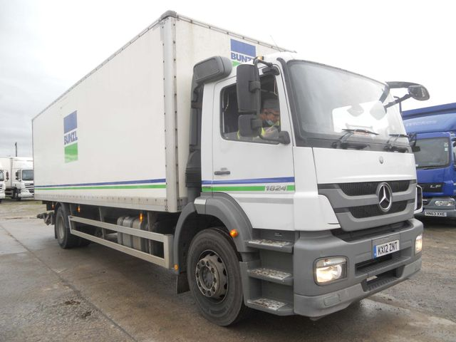 2012 (12) Mercedes-Benz Atego Image