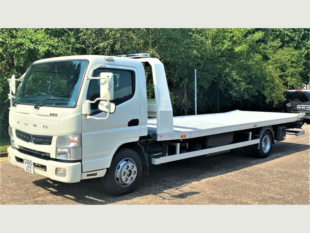 2016 (65) FUSO Canter Image