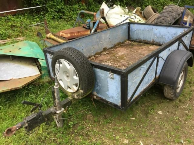 Trailer With sides £90 Image