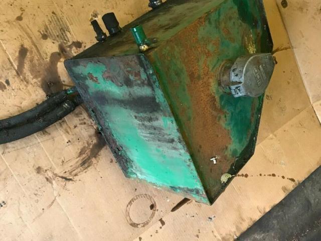 Ransomes 350 D gangmower hydraulic tank £90 plus vat £108 Image
