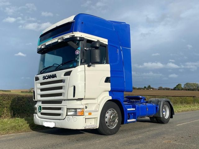 2004 Scania R Series Image