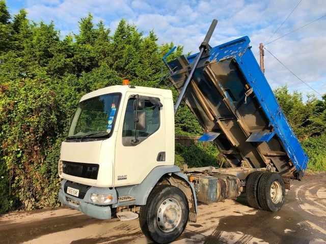 2007 (56) DAF LF55.220 TIPPER 18 TON STEEL BODY / SUSPENSION Image