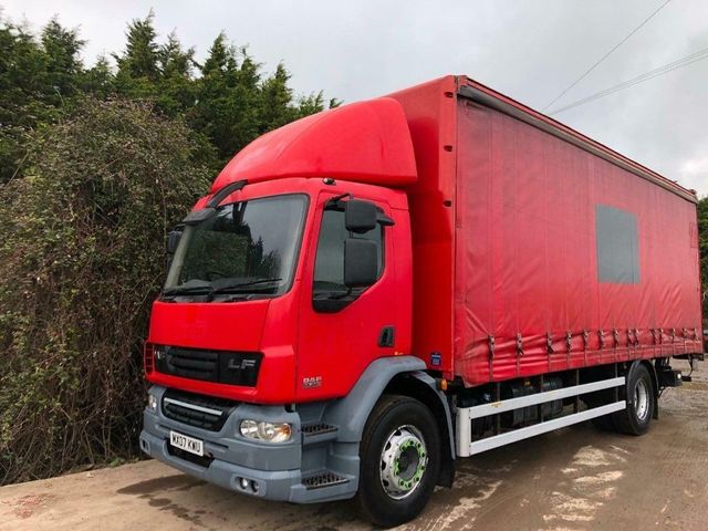 2007 (07) DAF LF55,220 CURTAINSIDER 18TON AIR-CON Image
