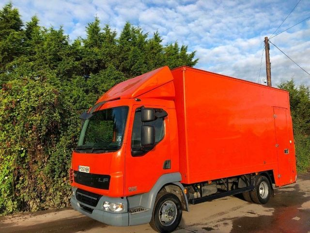 2008 (58) DAF LF45,160 GRP BOX VAN TAIL-LIFT INSULATED ROOF Image