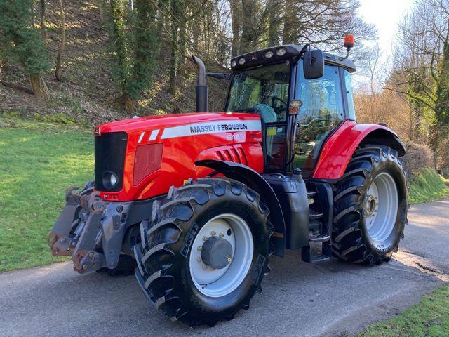 2011 Massey Ferguson 6485 Dyna-6 Tractor Image