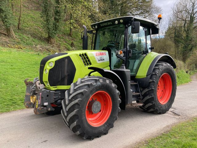 2016 Claas Arion 640 Tractor Image
