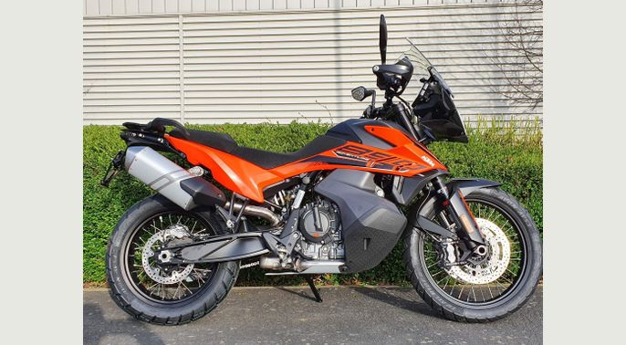KTM New 2021 890 Adventure