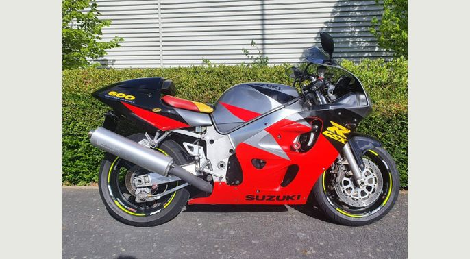 1997 P Reg Suzuki V