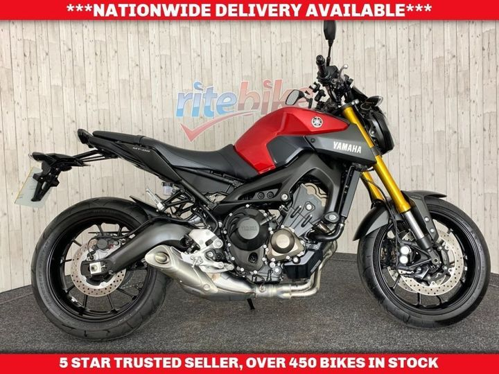 Yamaha MT-09 - ABS MODEL LOW MILEAGE EXAMPLE 1 OWNER 2015 66 847cc image