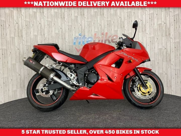 Triumph DAYTONA 600 VERY CLEAN FOR THE AGE LONG MOT 2004 04 PLATE … image