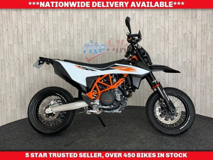 KTM SMC 690 R ABS 1 OWNER FROM NEW GENUINE LOW MILEAGE 2019 19 693cc image