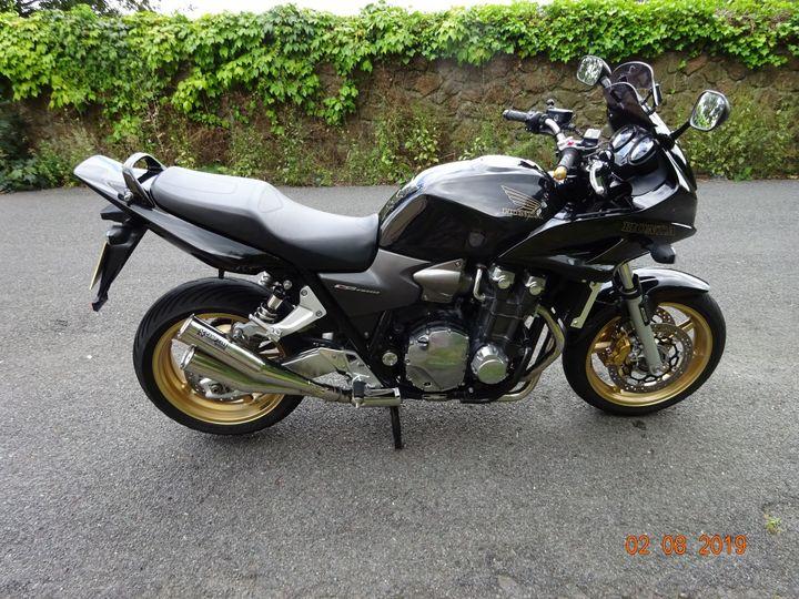 Honda CB1300 Faired SA-8 model 1284cc image
