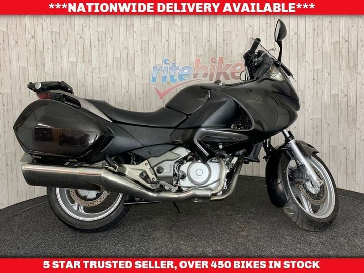 Honda NT700V DEAUVILLE V-6 12 MONTHS MOT WITH OXFORD HEATED GRIPS … image