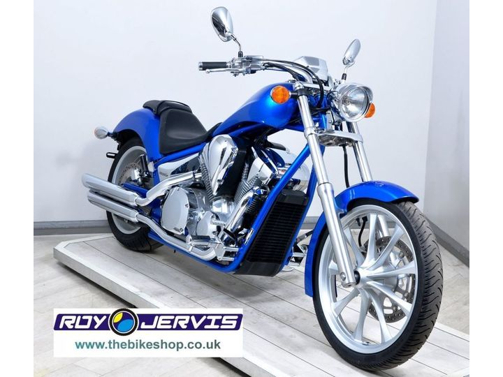 Honda VT1300 CX-A FURY TWO OWNERS - ONLY 3300 MILES 1312cc image