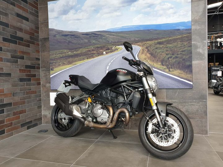 Ducati Monster 821 ABS 821cc image