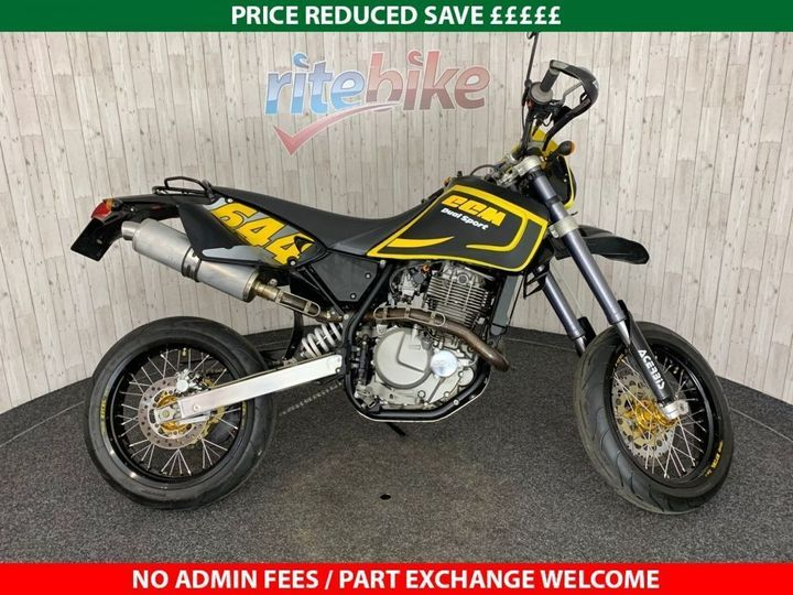 CCM DUAL SPORT LOW MILEAGE EXAMPLE VERY CLEAN 2003 03 644cc image