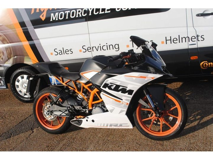 KTM RC 390 373cc ONLY 615 MILES FROM NEW 373cc image