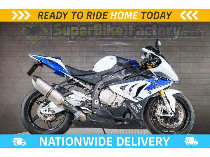 BMW HP4 ALL TYPES OF CREDIT ACCEPTED. 999cc image