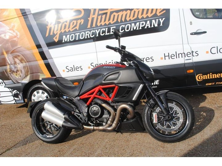 Ducati DIAVEL CARBON ABS FULL SERVICE WITH VALVE CLEARANCES 1198cc image