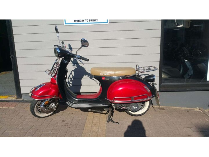 Lexmoto Milano 125 Scooter 125cc image