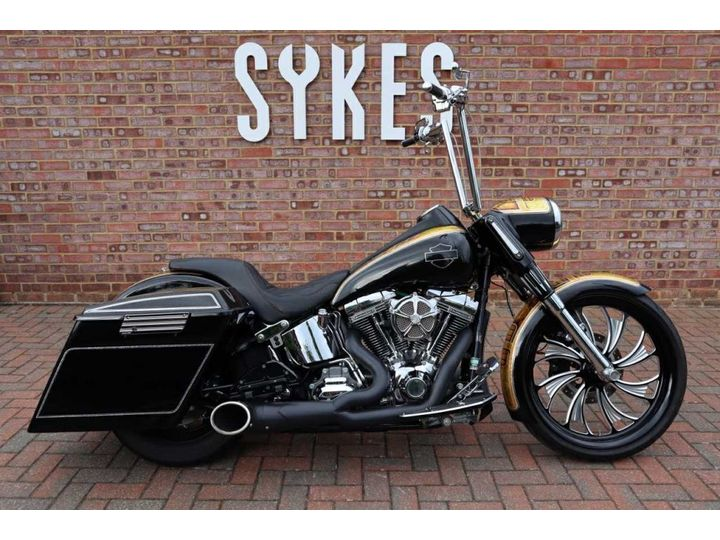 Harley-Davidson CVO SOFTAIL DELUXE 1800cc image