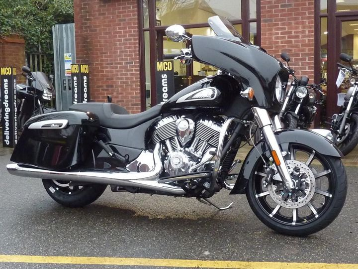 Indian Chieftain Limited Badlands 1811cc image