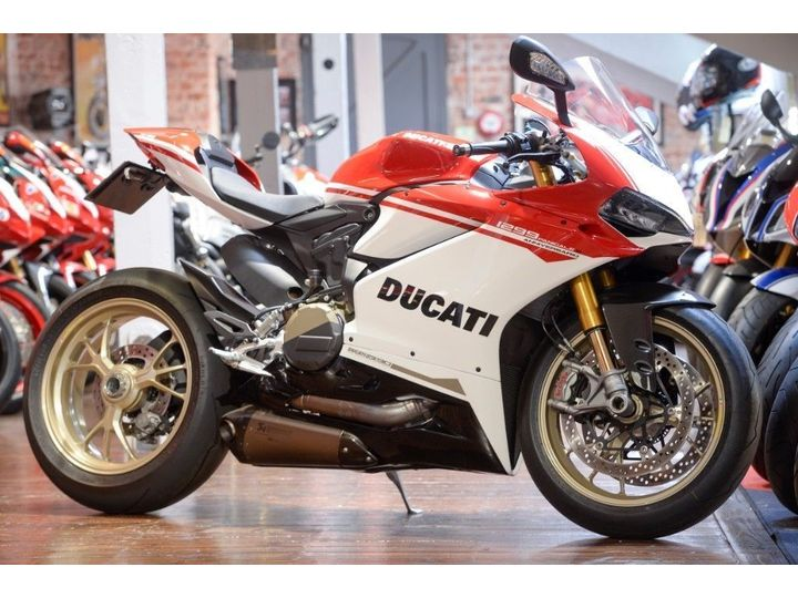 Ducati 1299 Panigale ANNIVERSARIO NO: 184 of 500 ONLY 487 Miles … image