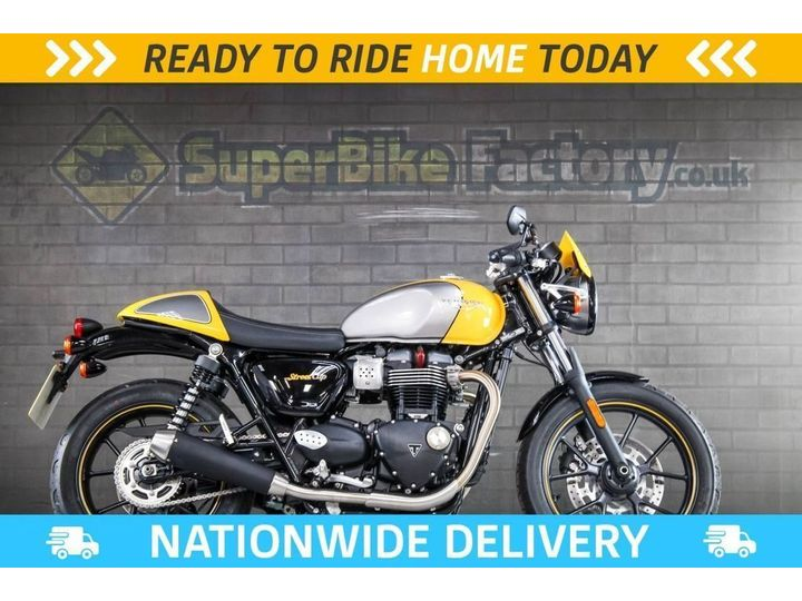 Triumph STREET CUP ABS ALL TYPES OF CREDIT ACCEPTED 900cc image