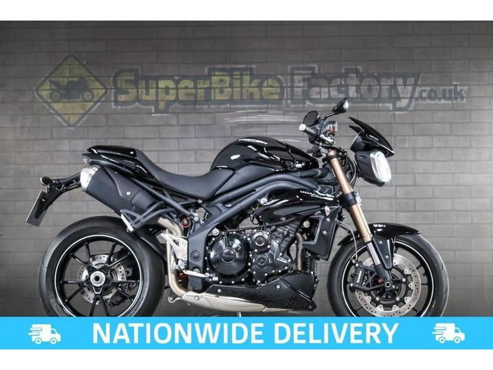 Triumph SPEED TRIPLE 1050 ALL TYPES OF CREDIT ACCEPTED. 1050cc image