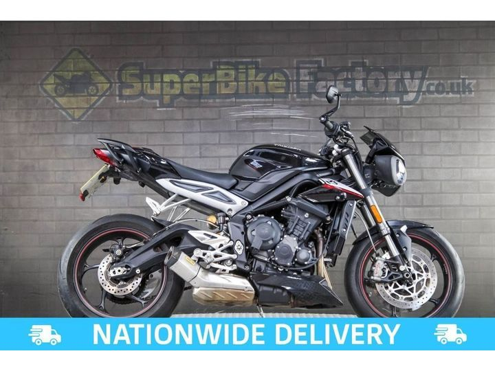 Triumph STREET TRIPLE 765 ALL TYPES OF CREDIT ACCEPTED. 765cc image