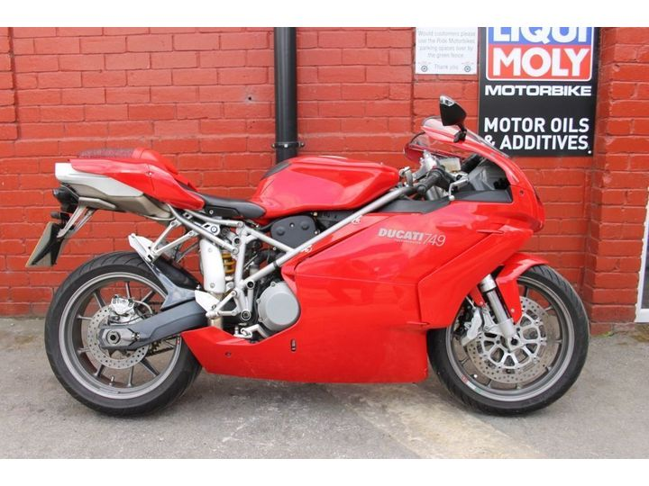 Ducati 749 S BIP VGSH, UK Delivery Available 748cc image