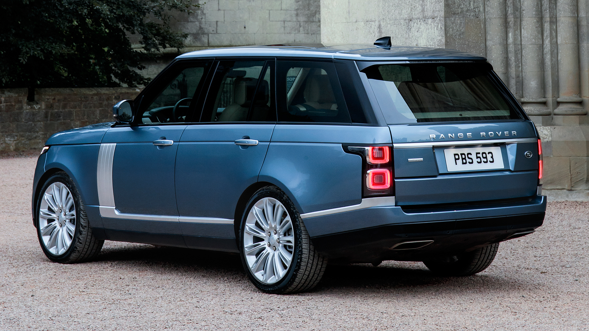 New & used Land Rover Range Rover cars for sale | Auto Trader