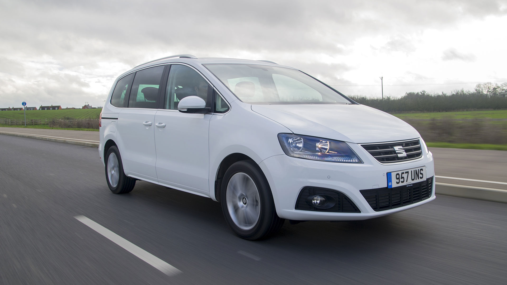 7 Seater Vehicles >> 7 Seater Cars For Sale On Auto Trader Uk