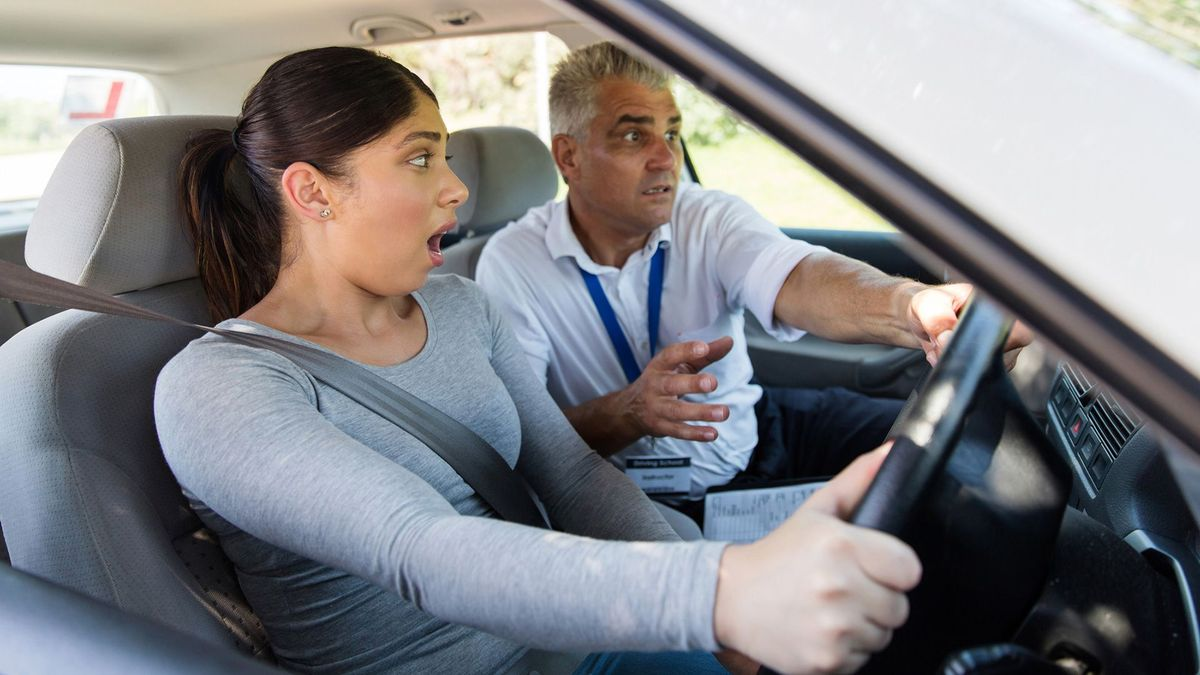 Why people commonly fail the practical driving test | Auto ...