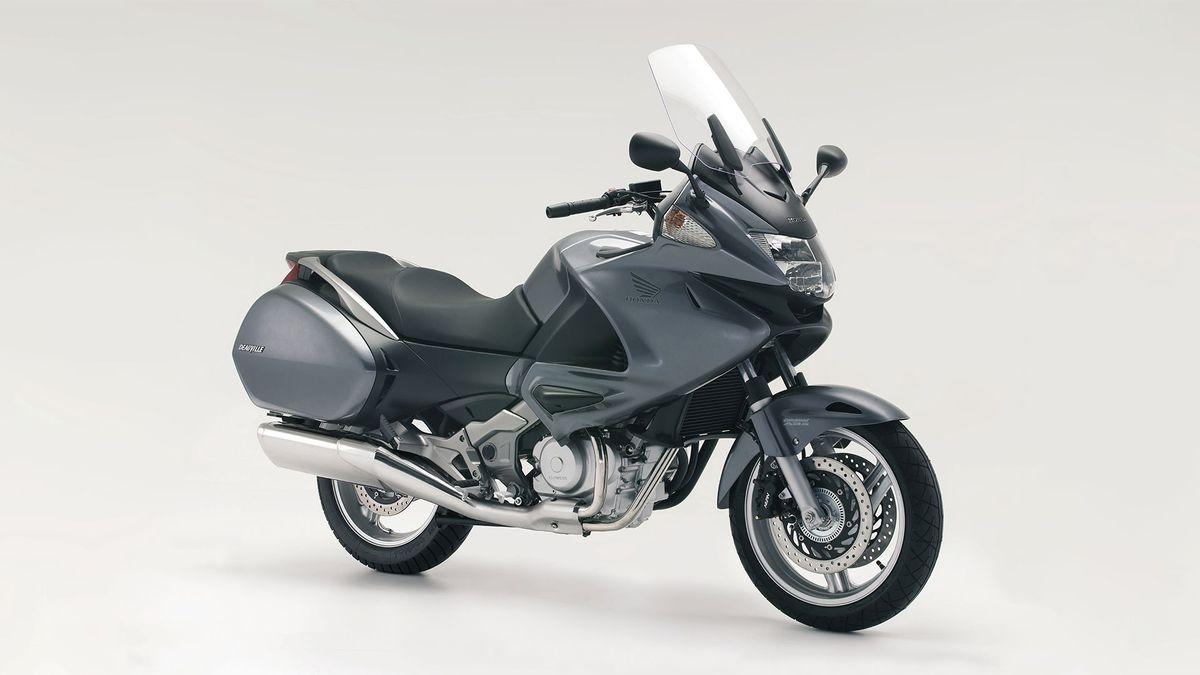 Honda NT650/700V Deauville – the 'winterproof' tourer