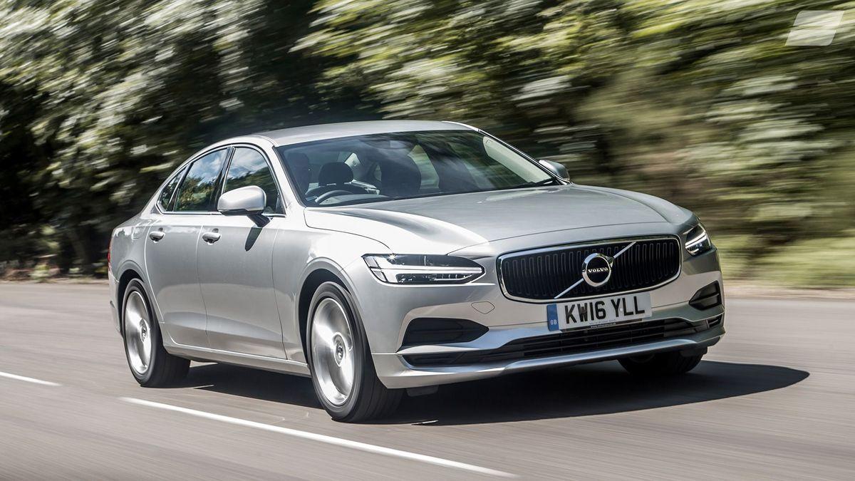 2016 Volvo S90 D4 Momentum